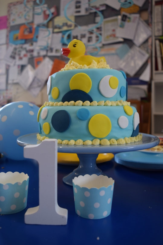 Bubbly Ducky Cake